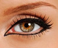 Как подводить глаза