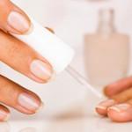 Лечебные лаки для ногтей