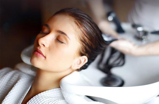В салонах красоты восстановят здоровье поврежденных волос