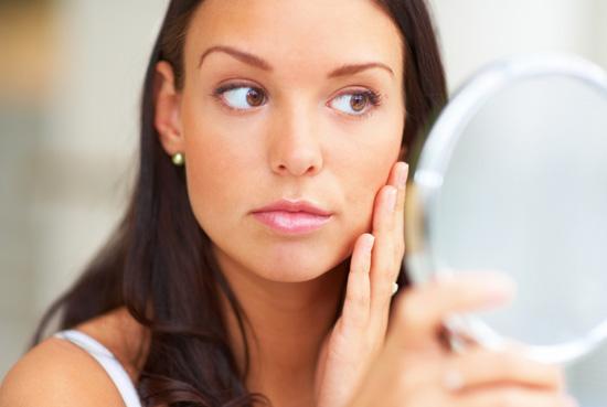 В первую очередь, ищите опытного косметолога