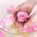 Гидролат (цветочная вода) в домашних условиях