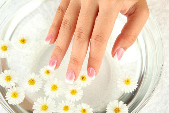 цветы ромашки с желатином для ногтей